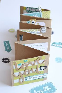 Template Studio Accordion Fold Fathers Day Album by Aly Dosdall 3 Informations About Template Studio Father's Day Mini Album Pin Mini Albums, Mini Photo Albums, Diy Father's Day Cards, Gift Cards, Mini Album Scrapbook, Diy Scrapbook, Mini Album Tutorial, Diy Mini Album, Father's Day Diy