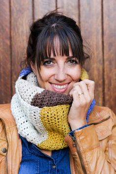 "This easy, modern cowl is going to become your go-to accessory for fall and winter! Plus, this Caron Cakes Yarn free crochet pattern is simple to make even if you're not an experienced pattern-reader. Simple one-skein crochet project! Caron Cakes color ""Blue Icing."""