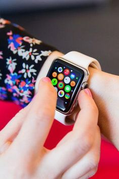 things we just found out about the Apple Watch Here are 7 things you should know about the Apple Watch.Here are 7 things you should know about the Apple Watch. Apple Watch, Apple Tv, New Gadgets, Gadgets And Gizmos, Electronics Gadgets, Cool Gadgets, Cool Technology, Wearable Technology, Technology Gadgets