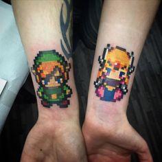 Tatuagem Zelda | Casal Pixelado no Braço