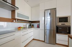 Modern kitchen with a touch of class Stainless Steel Cabinets, Built In Ovens, Modern Traditional, Cabinet Handles, Your Space, Kitchen Design, Kitchen Ideas, Kitchen Cabinets, Appliances