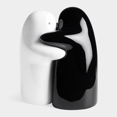 Black and White Hug Salt and Pepper Shakers