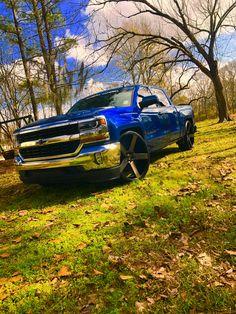 #dubwheels #28s Custom Chevy Trucks, Gm Trucks, Chevrolet Silverado, Truck Rims, Trucks And Girls, Low Rider, Cars Motorcycles, Baddies, Vans