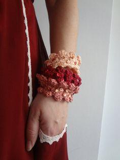 Ombre Crocheted Bracelet  Crocheted statement Bracelet  door sewella, $25.00