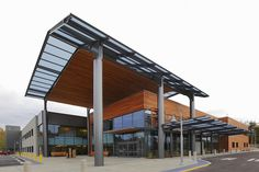 A Group Health clinic in Puyallup, Washington, has become the first building in the world to achieve LEED for Healthcare (LEED–HC) certification. The CollinsWoerman-designed outpatient medical center provides a relatively nontoxic indoor environment while also using equipment and exterior products that avoid polluting outdoor air and groundwater. The project attempts to reduce patient and staff stress through better design.