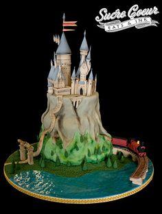 Harry Potter Hogwarts Cake by Sucre Coeur - Eats & Ink, via Flickr