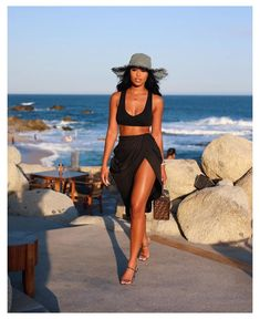 Cancun Outfits, Miami Outfits, Girl Outfits, Cute Outfits, Fashion Outfits, Bikini Outfits, Black Girl Fashion, Look Fashion, 70s Fashion