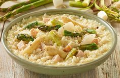 Risotto met witte en groene asperges Pasta Salad, Potato Salad, Cravings, Food And Drink, Soup, Lunch, Homemade, Dinner, Cooking