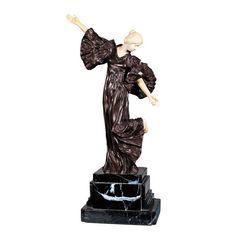 "ALBERT CARRIER BELLEUSE ""Dama"". Firmado: ilegible. Crisoelefantina. Medidas: 40 cm. en una base de mármol 13 cm."
