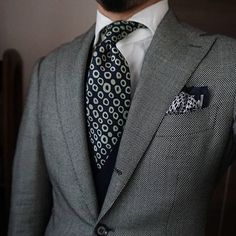 Style & Suits by Suit Fashion, Daily Fashion, Mens Fashion, Mens Attire, Mens Suits, Grey Suits, Casual Attire, Sharp Dressed Man, Well Dressed Men