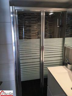 Ολική Ανακαίνιση Σπιτιού στο Μετς. Μπάνιο, Λεπτομέρεια: καμπίνα ντους