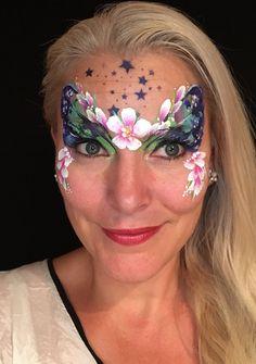Face Paintings, Facial, Ideas, Art, Carnival, Make Up, Art Background, Facial Care, Facials