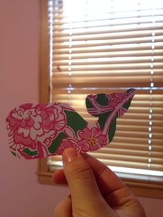 Make Vineyard Vines whales out of recycled Lilly planner pages. Cute!