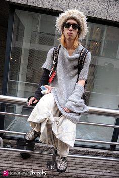 111123-0141: Japanese street fashion in Harajuku, Tokyo: Nozomi Ishiguro, Duie, Number Nine, Tokyo Bopper, Mement, Ray Ban