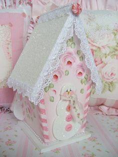 Pink snowman birdhouse