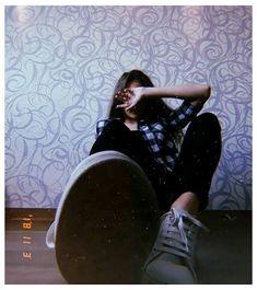 Model Poses Photography, Selfie Photography Ideas, House Photography, Best Photo Poses, Girl Photo Poses, Girl Poses, Stylish Photo Pose, Stylish Girls Photos, Teen Fotografie