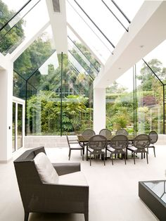 Structural Glass Conservatory, Cornwall: modern Conservatory by The Bazeley Partnership What Is A Conservatory, Modern Conservatory, Conservatory Kitchen, Buffet, Glass Extension, Glass Room, Country Estate, My Dream Home, Architecture Details