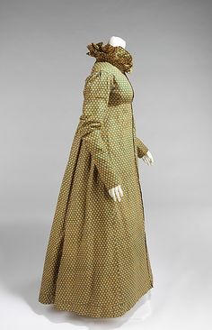 Dress (image 2) | American or possibly imported from England | 1815 | cotton | Brooklyn Museum Costume Collection at The Metropolitan Museum of Art | Accession Number: 2009.300.943