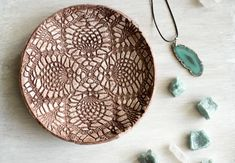 {DIY} Bowls made of modeling clay - Green Bird - DIY fashion, decoration and interior