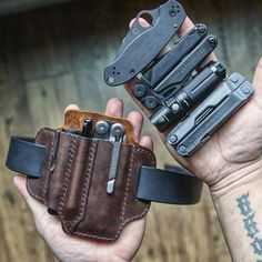 Deluxe Timber — // Every Day Carry Pocket Dump Leather Holster, Leather Wallet, Edc Gadgets, Everyday Carry Gear, Edc Gear, Leather Projects, Survival, Tactical Gear, Organizer