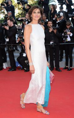 Inès de la Fressange in Chanel with a Roger Vivier clutch and shoes