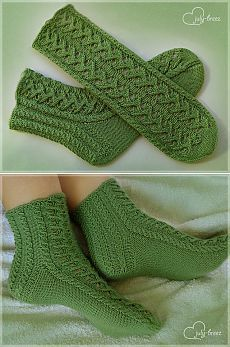 Crochet Boots, Crochet Clothes, Knit Crochet, Baby Knitting Patterns, Mitten Gloves, Mittens, Crochet Slipper Pattern, Cozy Socks, Knitted Slippers