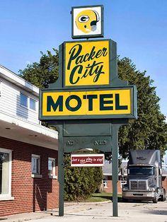 Packer City Motel....Green Bay, WI.