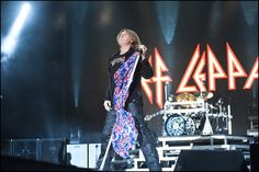 Fan Video of DEF LEPPARD Live in Los Angeles at The Forum from September 20th 2015, Watch Here | Concert Tour