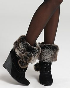 removable fur - can be placed on top of any pair of boots