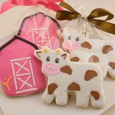 Fun barnyard birthday party ideas just might include these cute little cows and barns. Give them away as favors or let guests enjoy them at the party.