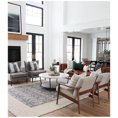 Thanks for visiting our farmhouse living room photo gallery where you can search lots of farmhouse living room design ideas. This is our farmhouse living room design gallery where you can browse the… Living Room Modern, Home Living Room, Interior Design Living Room, Living Room Designs, Living Spaces, Small Living, Leather Living Rooms, Living Room With Chairs, Living Room White Walls