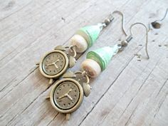 Hey, I found this really awesome Etsy listing at https://www.etsy.com/listing/216707928/clock-earrings-cute-jewelry-alarm-clock