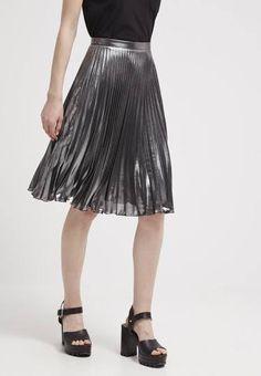 Topshop Falda Plisada Silver vestidos y faldas Topshop Silver plisada falda CentralModa.eu