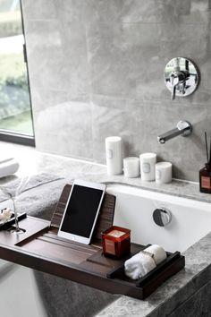 翡翠东方二期167㎡样板间 | 域正设计-建e室内设计网-设计案例 Interior Architecture, Interior Design, Architecture Board, Classic House Exterior, E Room, Cool Kids Rooms, Bathroom Inspo, Bath And Beyond, Model Homes