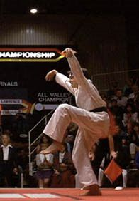 The Karate Kid. This is the original movie. Not to be confused with the sequels, or the remake. Still a terrific movie. And this battle at the end of the movie is intensely satisfying. The Karate Kid 1984, Karate Kid Movie, Karate Kid Cobra Kai, Ralph Macchio, Hero's Journey, Cinema, Kid Poses, 80s Kids, Original Movie