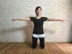 背筋をスッと伸ばす Yoga Poses, Body Care, Health Care, Health Fitness, Train, Diet, Workout, Beauty, Yahoo