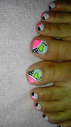 hermoso #hermoso uñas decoradas Pedicure Designs, Pedicure Nail Art, Toe Nail Designs, Nail Polish Designs, Toe Nail Art, Pretty Toe Nails, Cute Toe Nails, Cute Acrylic Nails, Purple And Pink Nails