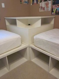 Tween/Teen 2 twin beds & Pottery Barn corner unit