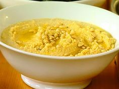 LEBANESE RECIPES: Classic Lebanese Hummus Dip Recipe