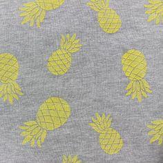 Tissu sweat Ananas jaune x 10cm