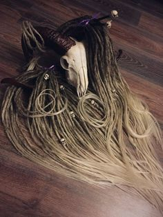 FAUN Synthetic DREADS/dreadlocks transitional color from brown to blonde or full set double or single ended hair extension Faux Dreads, Blonde Dreadlocks, Wool Dreads, Synthetic Dreadlocks, Locs, Extension Dreadlocks, Dreadlock Extensions, Dreadlock Hairstyles, Loose Hairstyles