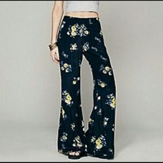 "Free People FP ONE Floral Fields Wide leg pant Free People FP ONE Floral Fields wide leg pant, size L, Navy, NWT 34"" inseam Free People Pants"