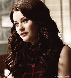 Emile De ravin Belle from Once Upon a Time. The prettiest princess.