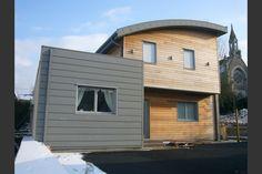 Maison bois toit courbe avec extension zinc en Mayenne (53)