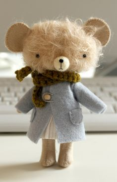 Cutest teddy! I really like this one.