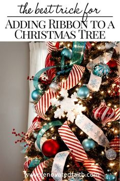 The Secret to Place Ribbon on a Christmas Tree – This STEP-BY-STEP tutorial with video shows you how to add cascading ribbon on Christmas trees. Waterfall ribbon Christmas trees allow you to add any combinations of ribbon & mesh colors to customize your t Types Of Christmas Trees, Ribbon On Christmas Tree, Colorful Christmas Tree, Christmas Tree Themes, Christmas Tree Toppers, Christmas Diy, Christmas Wreaths, Diy Christmas Ribbon Decorations, Ribbon On Tree