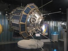The Soviet Luna 9 Spacecraft | English Russia