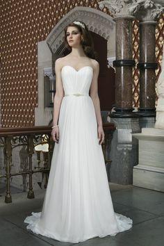 2014 Sweetheart Pleated Bodice A Line Chiffon Wedding Dress With Ribbon Court Train