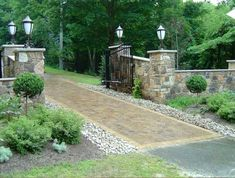 42 Interesting Long Driveway Landscaping Design Ideas Driveway entrance landscaping can be a very difficult process. It is best to look into the two important aspects: the […] Driveway Entrance Landscaping, Driveway Design, Driveway Gate, Driveway Ideas, Fence Ideas, Porch Ideas, Driveway Pavers, Circular Driveway, Walkway