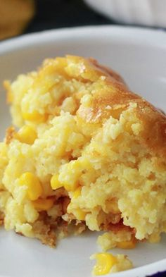 Sweet Corn Spoonbread1 (8.5-ounce) package JIFFY Corn Muffin Mix1 (14.75-ounce) can cream style corn1 (15-ounce) can whole kernel corn, drained1/2 cup (1 stick) butter, melted1 cup sour cream3 eggs1/2 teaspoon salt - 375 for 35 min Cornbread Casserole, Sweet Corn, Mashed Potatoes, Pudding, Diy Crafts, Ethnic Recipes, Food, Casseroles, Whipped Potatoes